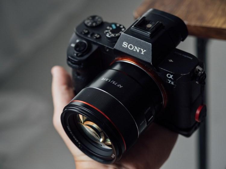Samyang鏡頭評測|三陽光學 Samyang AF 75mm F1.8 FE 評測,輕巧望遠大光圈,支援 Sony E接環自動對焦