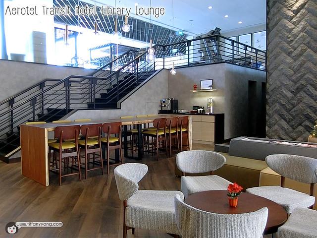 aerotel-transit-hotel-changi-library-lounge
