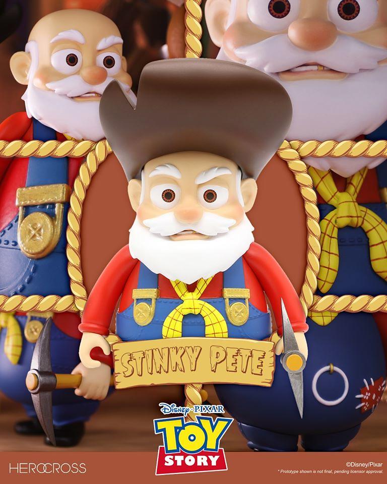 HEROCROSS HVS 系列《玩具總動員2》老礦工-邋遢彼得 (Stinky Pete) 搪膠可動人偶 原色版/黑白版 | 玩具人Toy People News