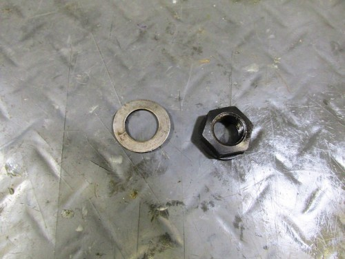 Output Flange Wave Washer and Nut
