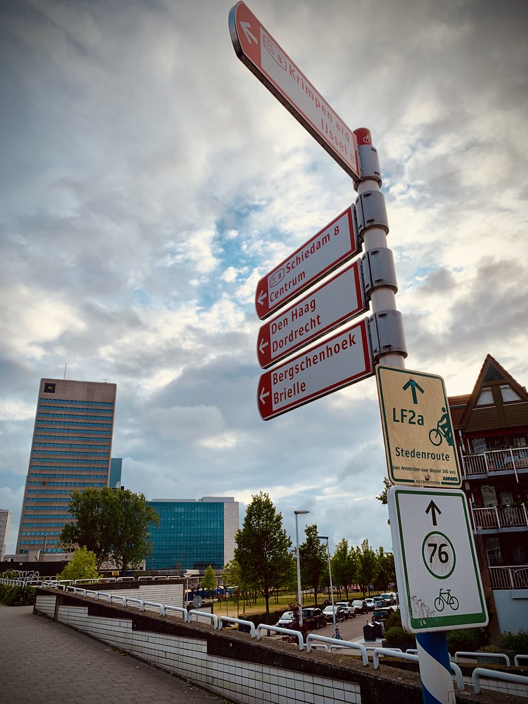 Rotterdam Daily Photo: Cycling routes Rotterdam and beyond