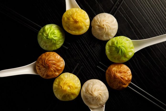 New Xiaolong Bao-昆布柴魚湯包、酸辣湯包、肉骨茶湯包和清湯腩湯包