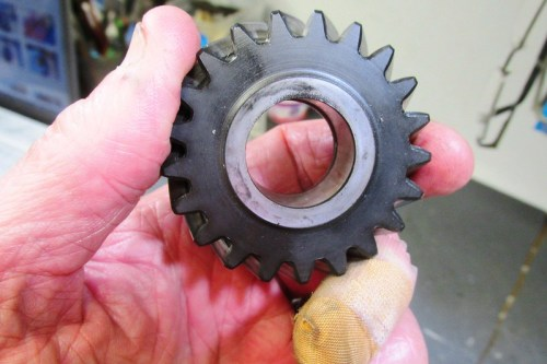 Output Shaft 5th Gear Face That Goes Next To The Front Bearing
