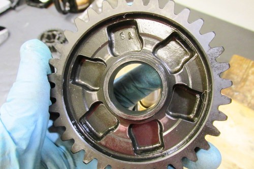 Output Shaft 1st Gear Detail-Face Toward 4th Gear With Six Shift Dog Slots