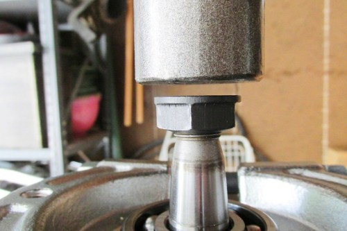 Using Flange Nut To Protect Output Shaft Threads