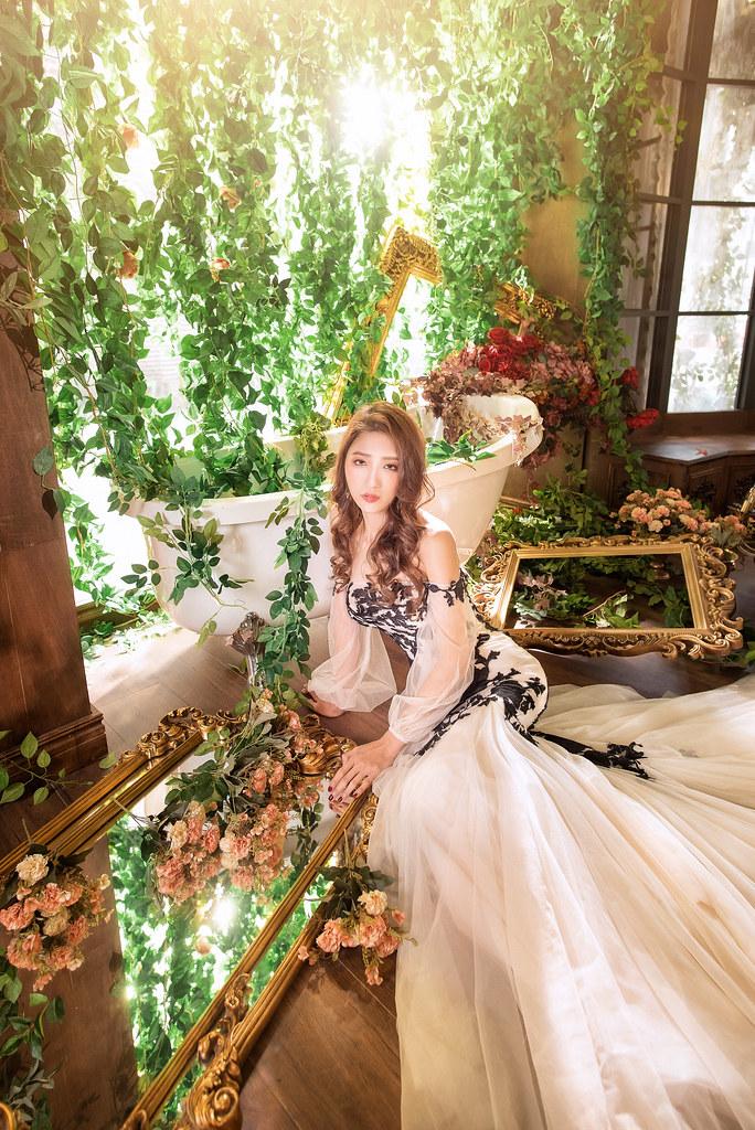 臺北婚紗-|R-room 攝影棚|唯美婚紗|仙女系|個性風|油畫風|林俐媛|金娜娜|Love 手工婚紗 | 婚攝小奕