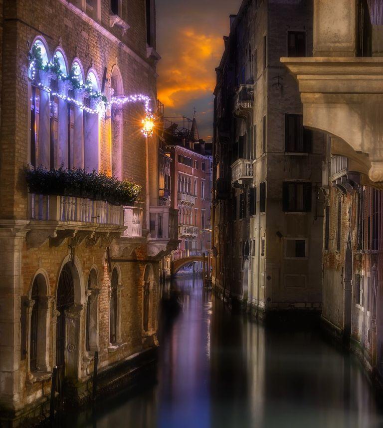 Venetian paths 205(rio menuo o de la verona)