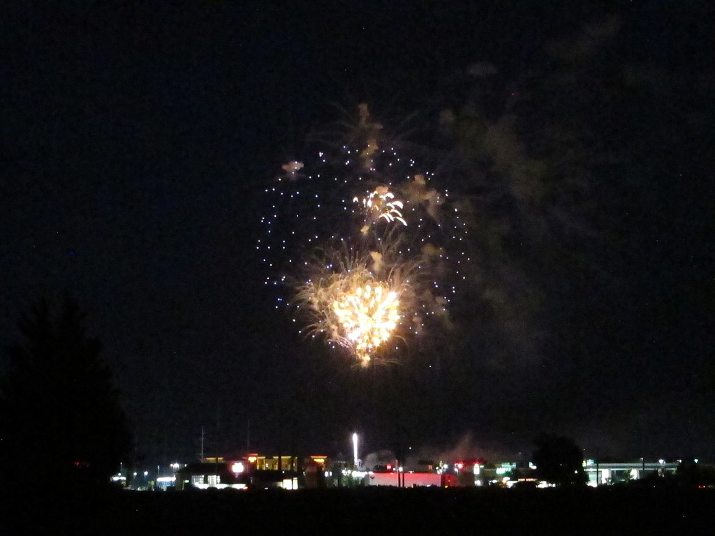 Whitestown fireworks 2020