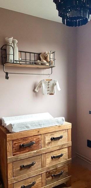 Babykamer landelijk sober