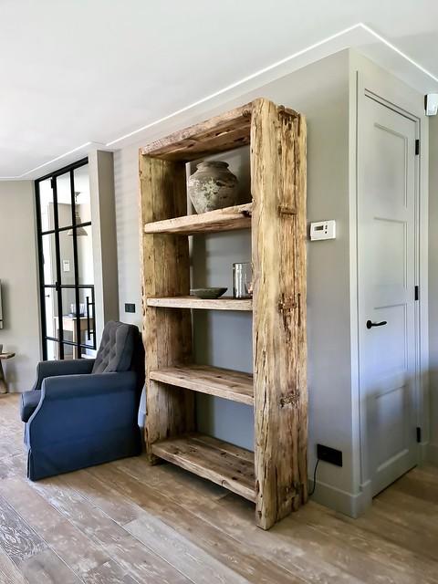 Stoere open kast landelijke woonkamer