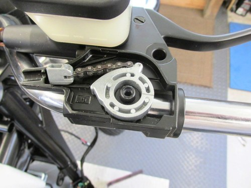 New Throttle Cam On 15 mm Hub Inside Right Perch