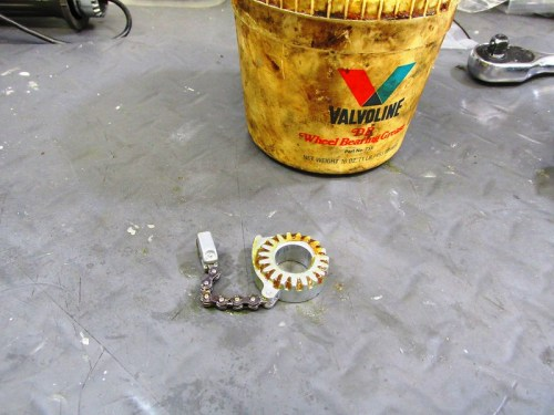 Wheel Bearing Grease Applied To Teeth Of Throttle Cam Mechanism