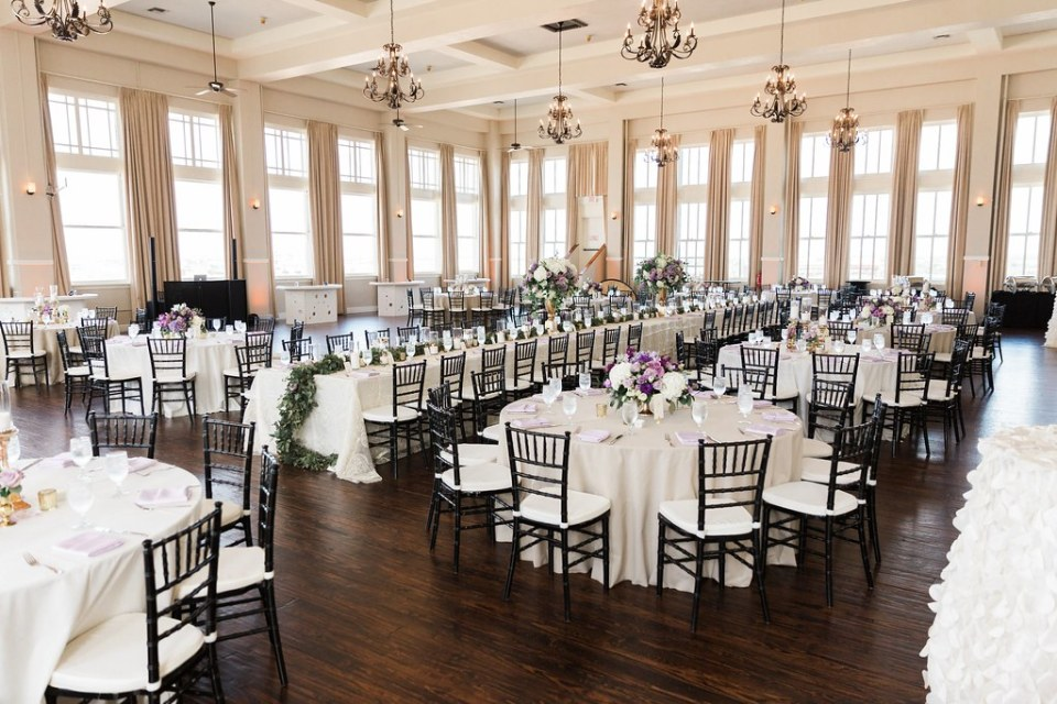 Room on Main Weddinga_van_wedding-558