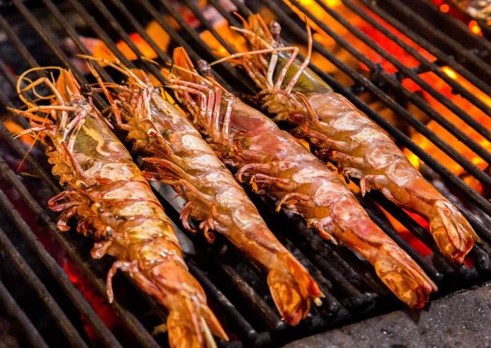 我愛夏日 prawn Grill cooking seafood.