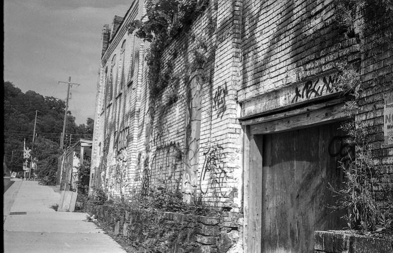 exterior, abandoned mill, graffiti, urban decay, railroad and river district, asheville, nc, Kodak Retina IIIc, Arista.EDU 200, Moersch Eco film developer, 7.28.20