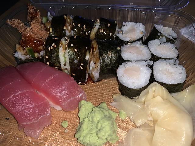 mmm, sushi