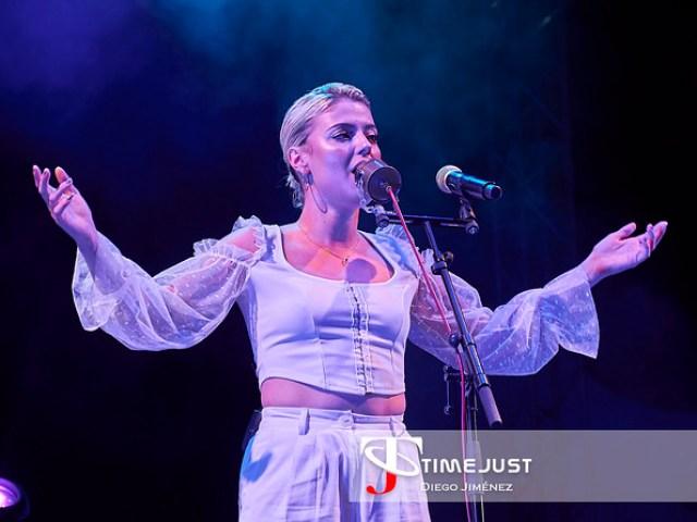 Alba Reche y Julia Medina en el Cabaret Festival
