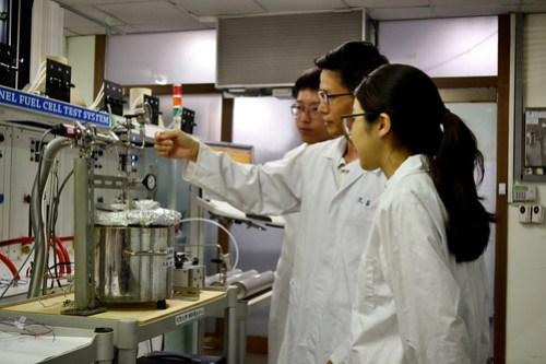 元智大學詹世弘教授等人獲選爲「綠能科技聯合研發計畫」109年度亮點團隊 (2)