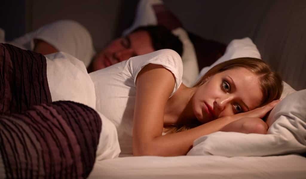 après-une-mauvaise-nuit-les-gens-ressentent-moins-de-joie