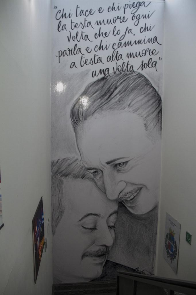 Il nuovo servizio artistico di mostrami! Murales In Memoria Di Falcone E Borsellino San Giuliano Mi Flickr