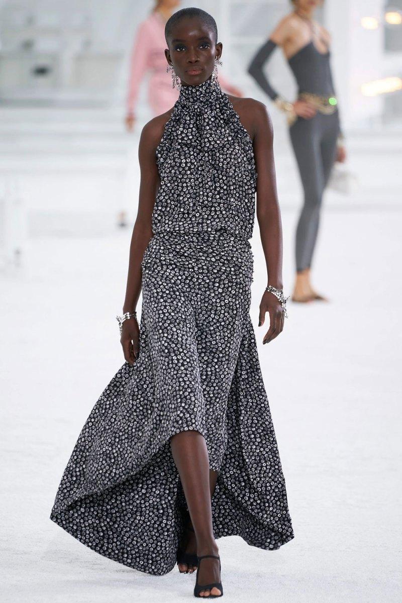 fashion_week_spring_2021_ready-to-wear_chanel_7