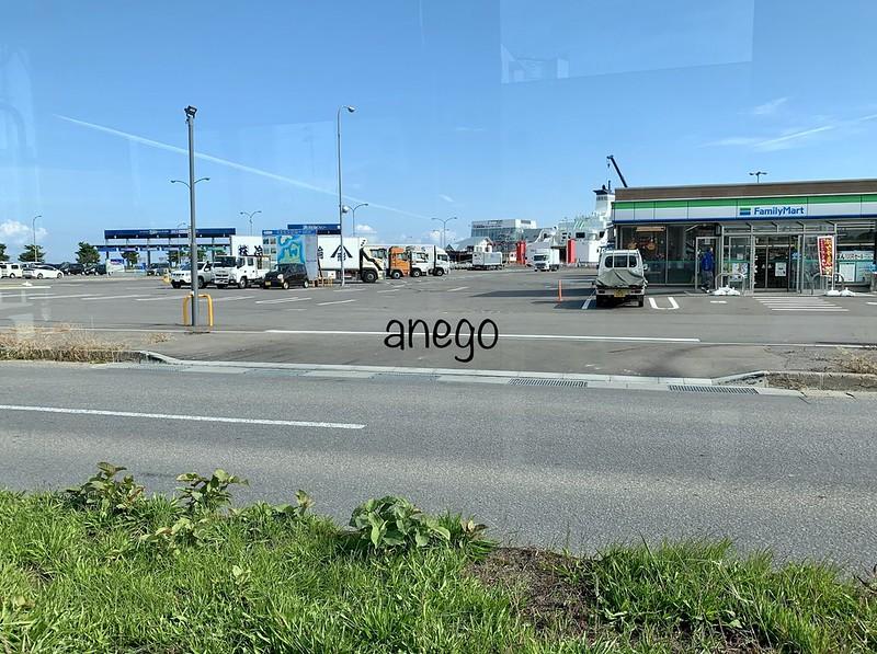 ねぶたん号 津軽海峡フェリーターミナル