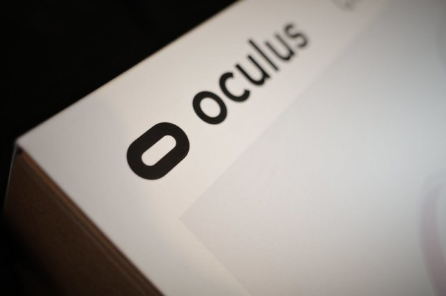 Oculus Quest 2 on-off switch