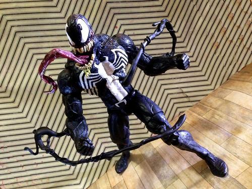 VenomHead3Tendrils2