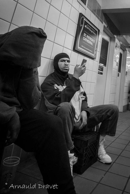 Subway direction Shopping à Manhattan - New York, New York, États-Unis - 10/05/2018 15h28