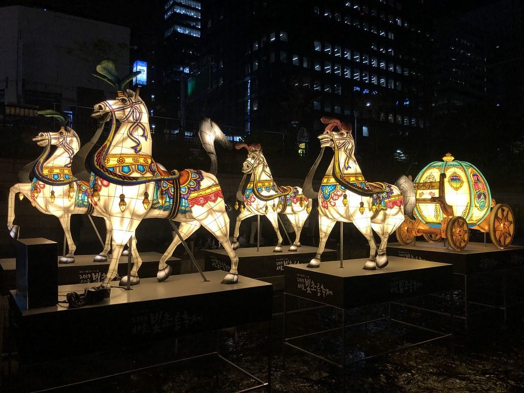 Winter in Korea   Cheonggyecheon Stream Seoul Lantern Festival