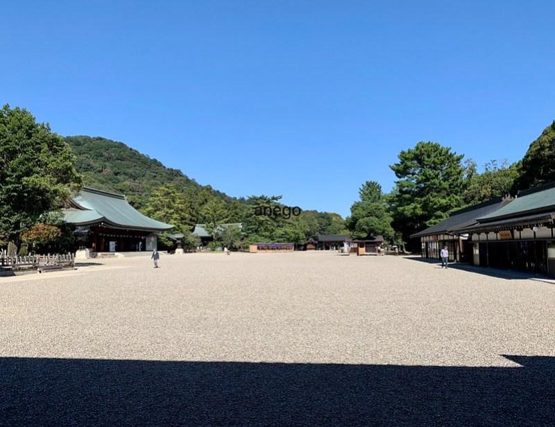 橿原神宮 広い