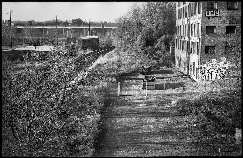 urban vista, abandoned building, graffiti, railroad tracks, river district, Asheville, NC, Ansco Super Memar, Fomapan 200, Moersch Eco film developer, 12.8.20