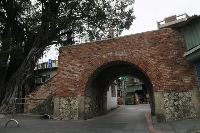 尋找佐藤春夫《女誡扇綺譚》之文學景點(1):佛頭港、老古石街、沈家