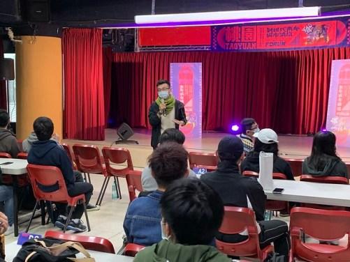 桃園市自造者協會朱延堂先生進行演講
