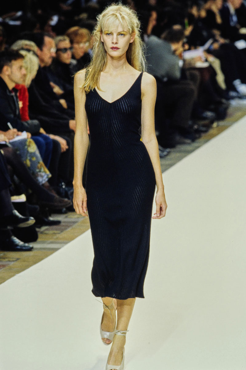 16-cerruti-spring-1997-ready-to-wear-emma-balfour