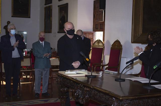 José María Manzano Jurado renueva su cargo como director de la Escuela Técnica Superior de Arquitectura de la UGR