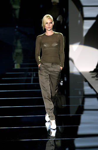 gucci-runway-fashion-show-spring-2001-tom-ford_12
