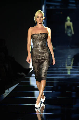 gucci-runway-fashion-show-spring-2001-tom-ford_6