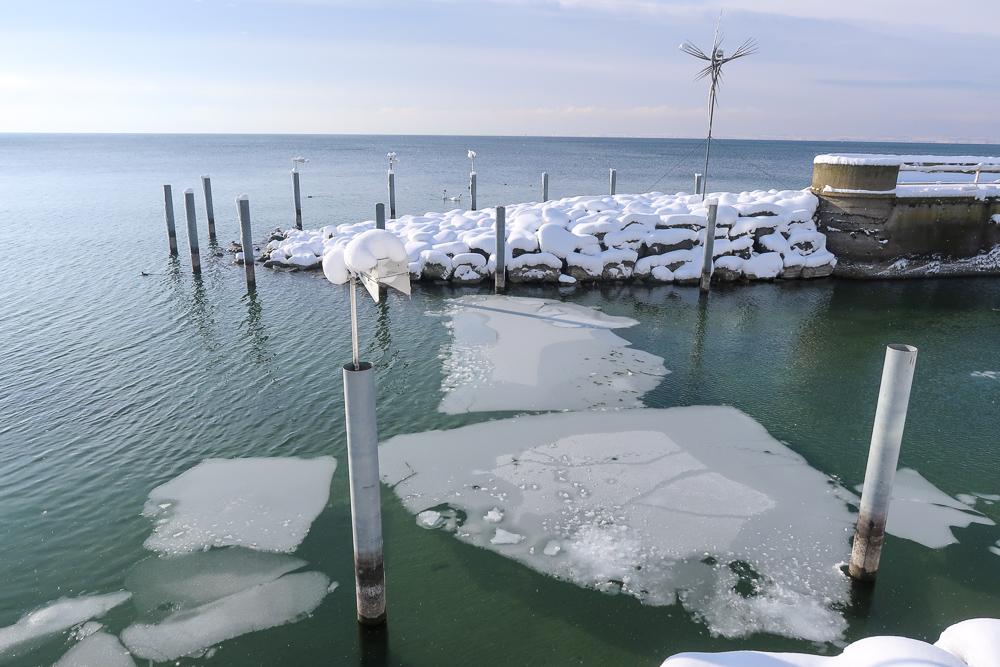 Schnee Spaziergang Friedrichshafen am Bodensee Januar 2021 hyyperlic-20