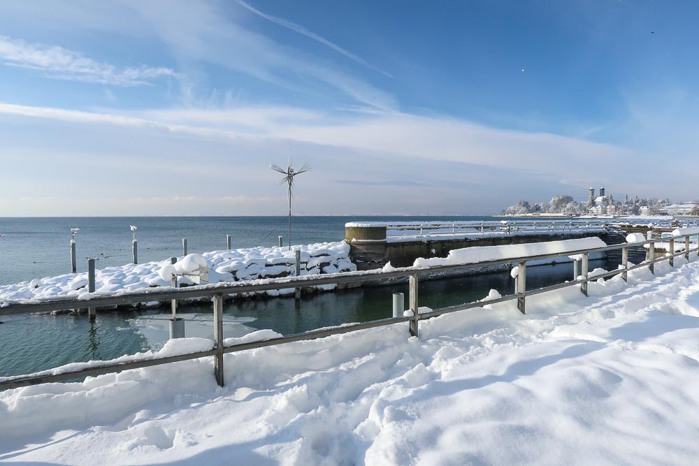 Schnee Spaziergang Friedrichshafen am Bodensee Januar 2021 hyyperlic-19