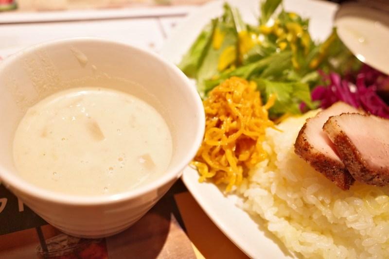 ホタテのパリップ(豆カレー)