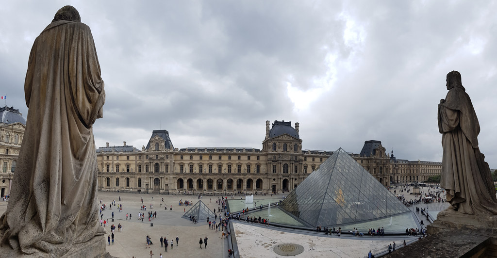 Louvre Samsung 20180809 0211