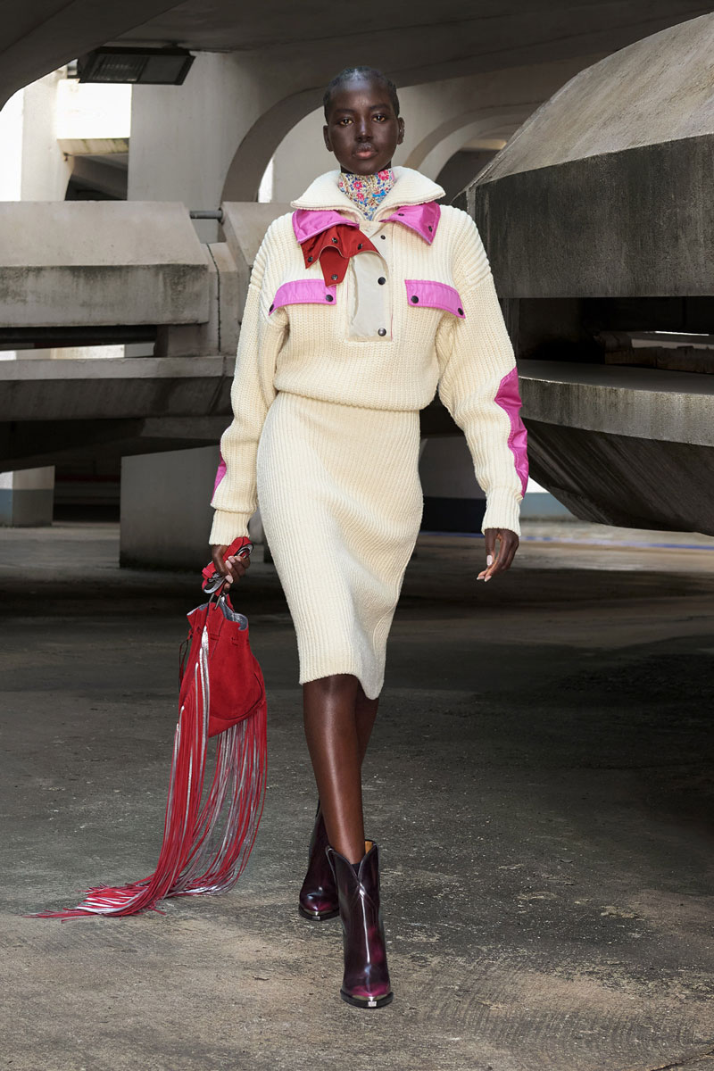 4_isabel-marant-fall-2021-runway-show-paris-fashion-week