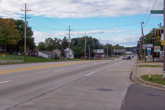SB US 31 at Johnson St.