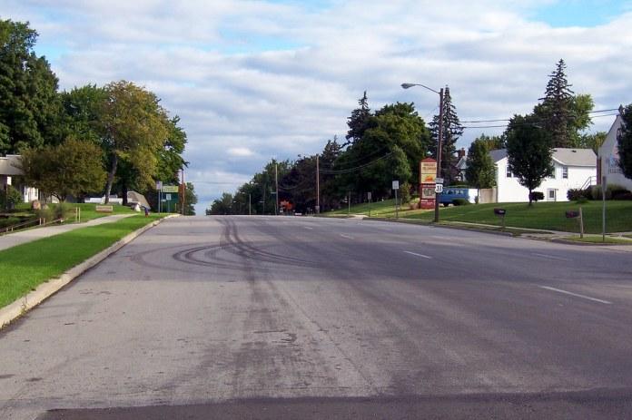 NB Michigan St. at Chippewa Ave