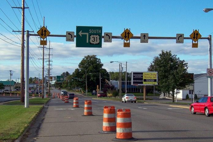 Southbound Main St. at Chippewa Ave.