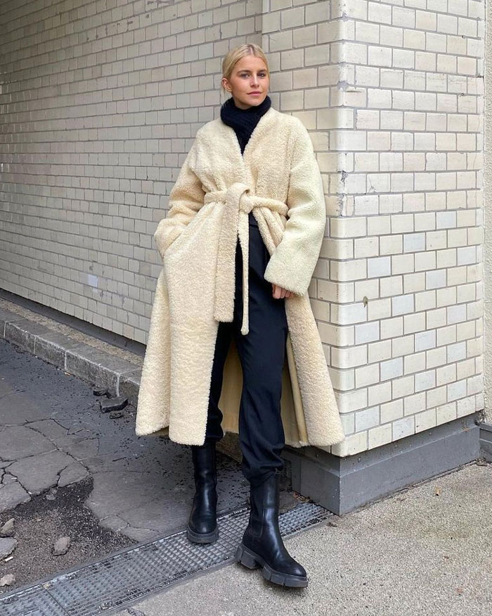 9_caro-daur-fashion-influencer-style-look-outfit-instagram
