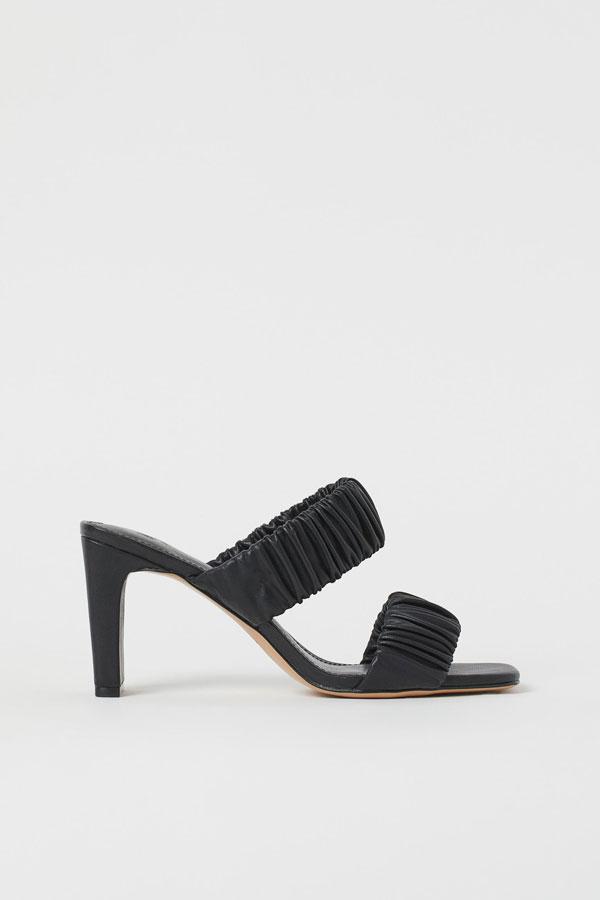 18_slip-in-padded-sandals-black-hm