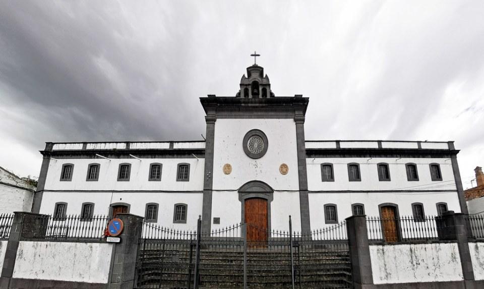 Monasterio del Císter edificio exterior Teror Gran Canaria Islas Canarias 01