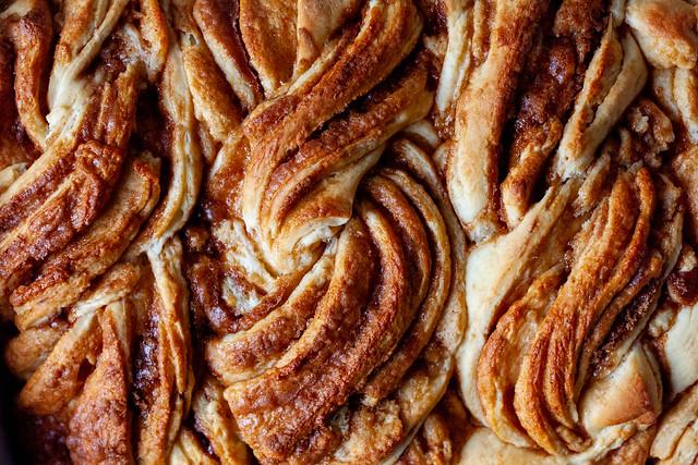 twisty cinnamon buns